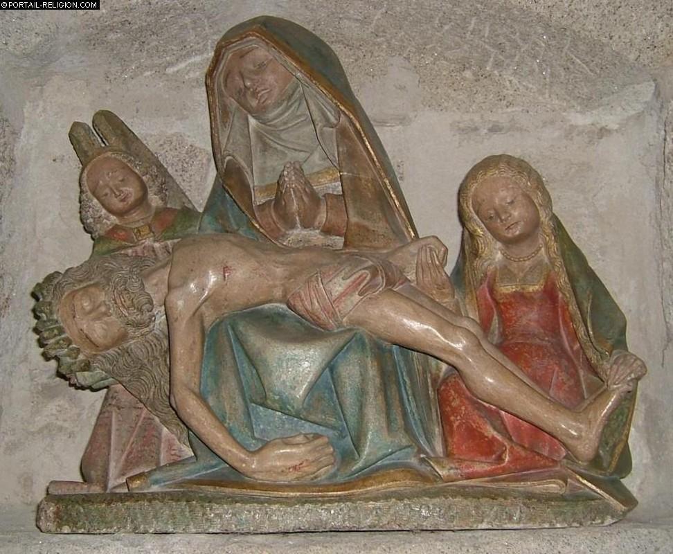 Vierge de Pitié de Chaumeil (Corrèze)