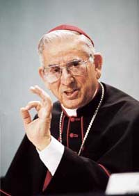 Son Eminence le Cardinal Dario Castrillon Hoyos