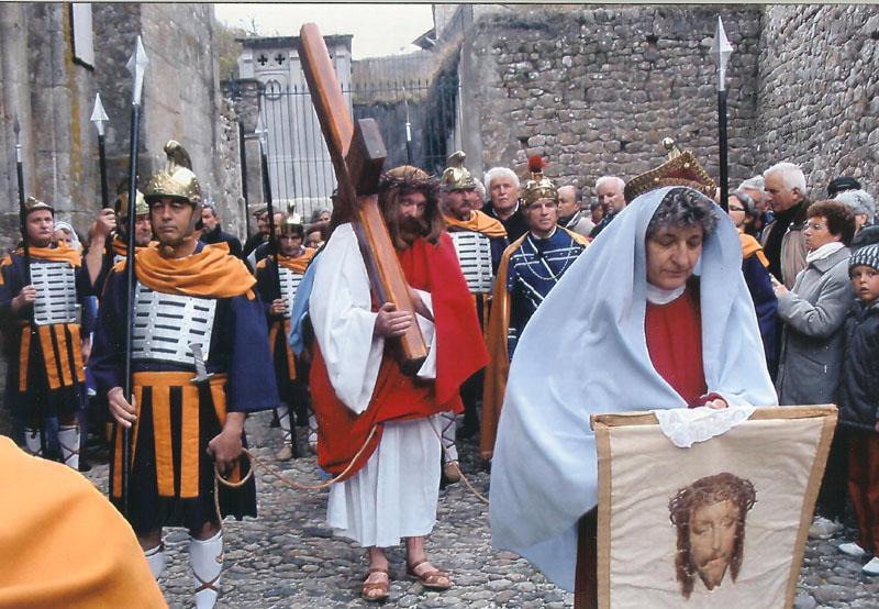 départ de la procession du Vendredi Saint.