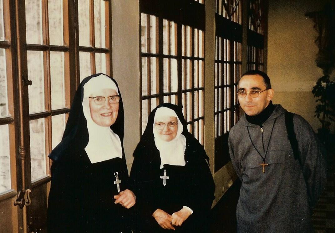 Frère Maximilien-Marie à la Visitation de Chartres en novembre 1994