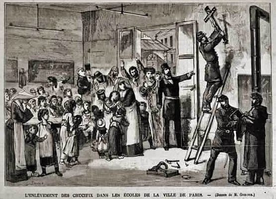 Enlèvement des Crucifix des écoles par la force armée