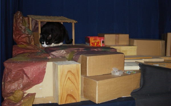 Lully prépare la crèche