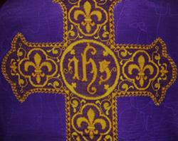Chasuble violette du Mesnil-Marie (détail)