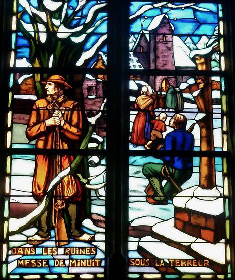 Messe de minuit pendant la terreur - vitrail La Séguinière