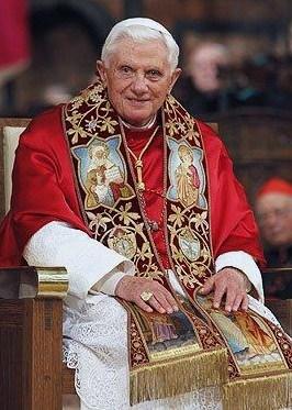Triduum de prières à l'intention de notre Saint-Père le Pape Benoît XVI dans Intentions de priere B-XVI