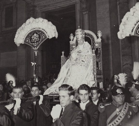 Prière du Vénérable Pie XII pour la réparation des blasphèmes et la conversion des blasphémateurs. dans Nos amis les Saints 1855686624.7-copie