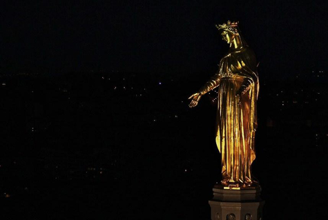 fourviere-vierge-doree-du-clocher illuminations