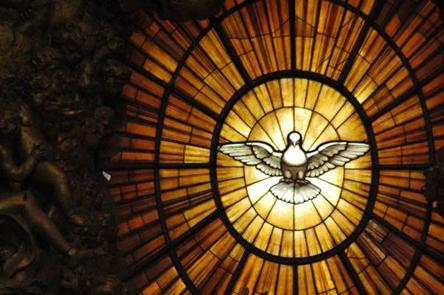 vitrail-saint-esprit-basilique-vaticane Esprit-Saint dans Lectures & relectures