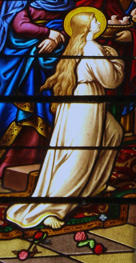 La Vierge enfant dans son oblation totale (église Saint-Martin de Vals-les-Bains)