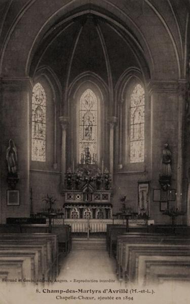 Avrillé chapelle St Louis intérieur vers 1940