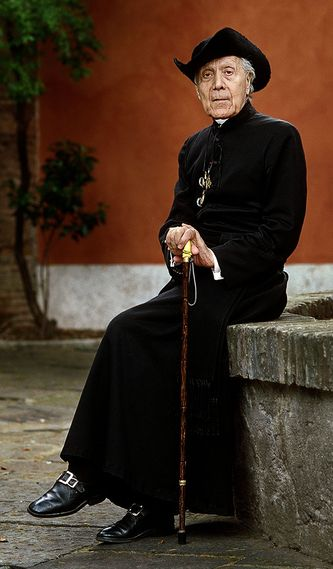 Rd Père Jean Charles-Roux
