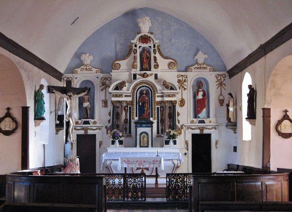 Intérieur de l'église de Saint-Léger