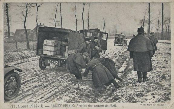 Noël 1914 arrivée des colis de Noël - armée belge