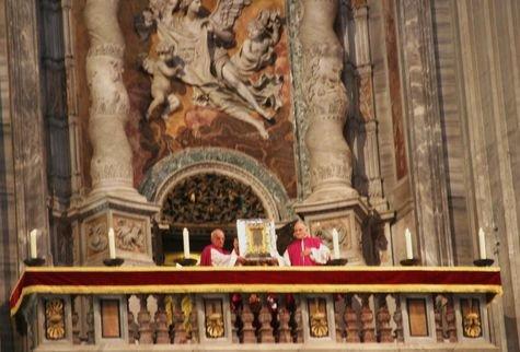 Ostension de la Véronique - basilique Saint-Pierre du Vatican