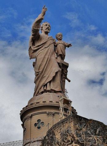 Espaly-Saint-Marcel - statue monumentale de Saint Joseph