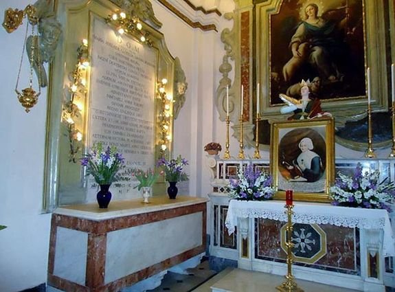 Naples - église Santa Catarina a Chiaia - tombe de la Vénérable Marie-Clotilde de France