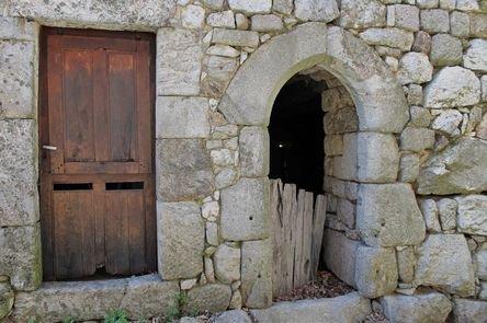 Burzet, le Villard - maison natale de Saint Bénézet