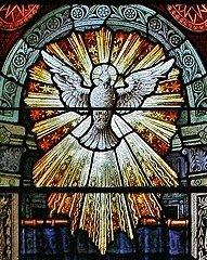 Détail d'un vitrail de la Pentecôte
