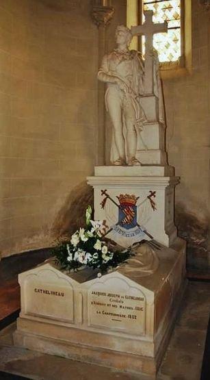 Tombe des Cathelineau - chapelle Saint-Charles à Saint-Florent le Vieil