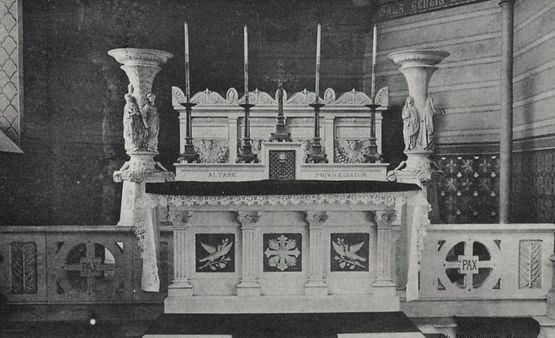 Chapelle funéraire des La Rochejaquelein dans l'église de Saint Aubin de Baubigné