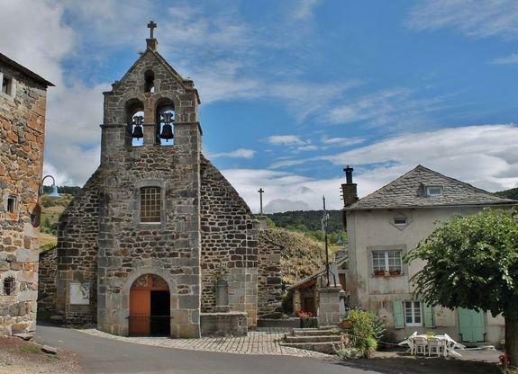 Montusclat l'église des XIe et XIIe siècles