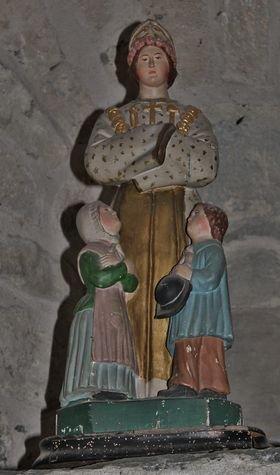 Montusclat - statue naïve de ND de La Salette dans l'église