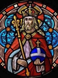 Vitrail du Christ Roi