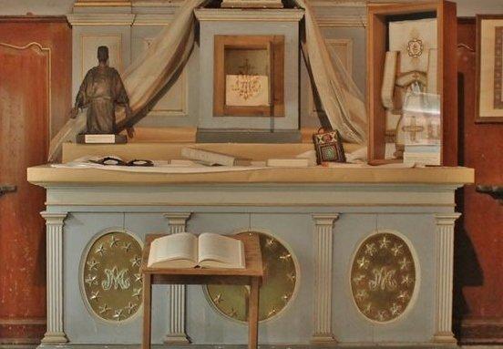 Viviers séminaire ancienne chapelle de la Vierge exposition Foucauld
