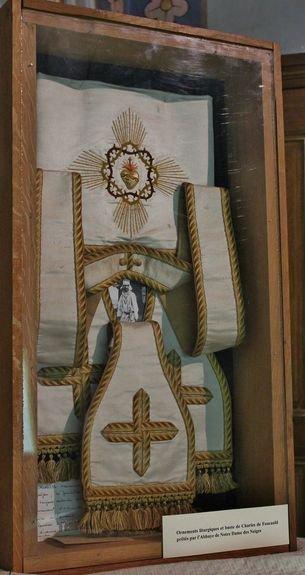 Viviers séminaire expo Foucauld étole et bourse 1ère Messe