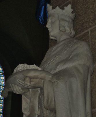 Statue de St Louis
