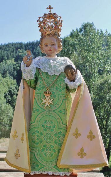 Enfant Jésus de Prague robe verte 1
