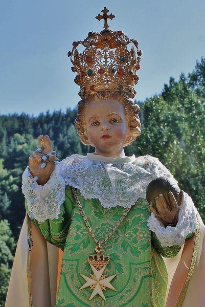 Enfant Jésus de Prague robe verte 2