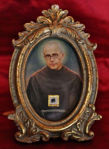 Reliquaire parcelle bure St Maximilien-Marie Kolbe