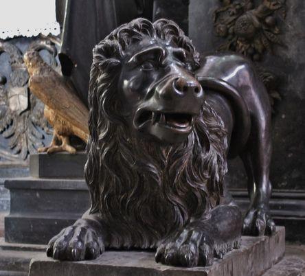 Lion gardant les reliques de Saint Antoine