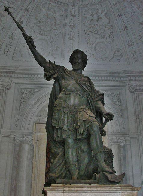 2 - statue de Henri IV au Latran