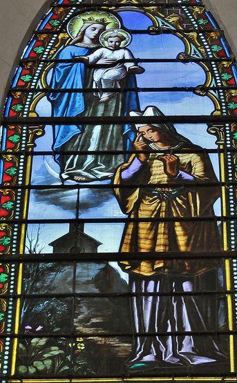 Fresneau vitrail représentant l'apparition