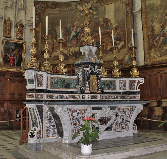 Cathédrale de Viviers : le maître-autel