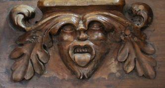 Miséricorde de l'une des stalles de la cathédrale de Viviers