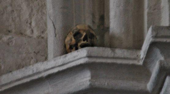 Crâne de Monsieur de Saillans - église de Largentière