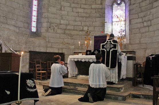Messe de Requiem pour les victimes de la révolution 1