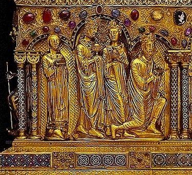 Châsse des Rois Mages - détail Otton IV derrière les Rois Mages