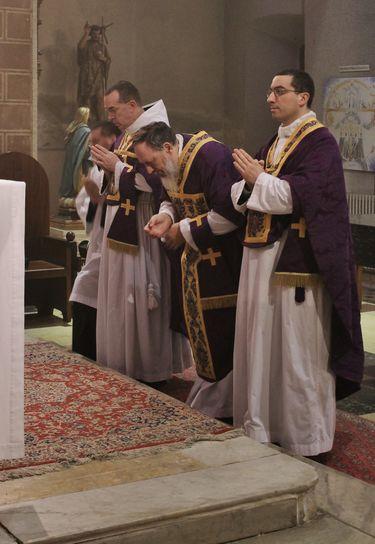 1 confiteor prêtre lundi
