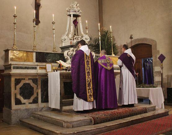 4 - préparation au chant de l'Evangile de la bénédiction des Rameaux