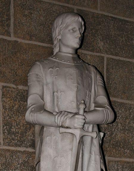 Statue de Sainte Jeanne d'Arc cathédrale du Puy