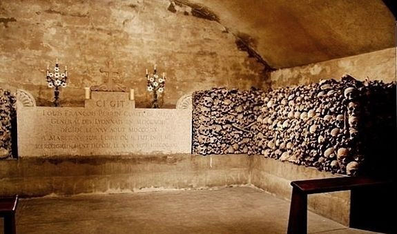 Crypte de la chapelle expiatoire des Brotteaux