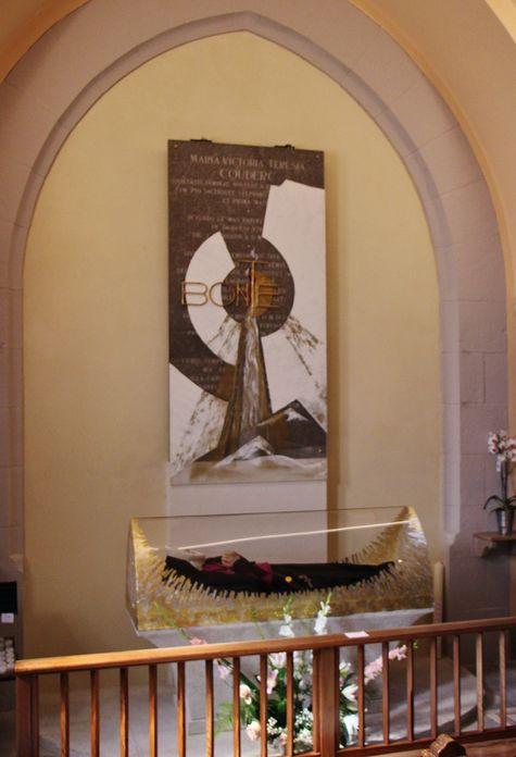 Présentation de la nouvelle châsse de Sainte Thérèse Couderc