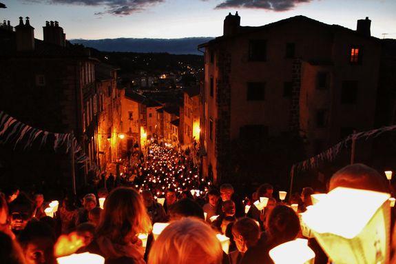 Procession aux flambeaux - Le Puy-en-Velay 14 août 2018