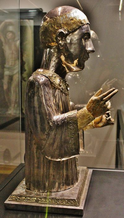 Buste reliquaire de saint Théofrède profil