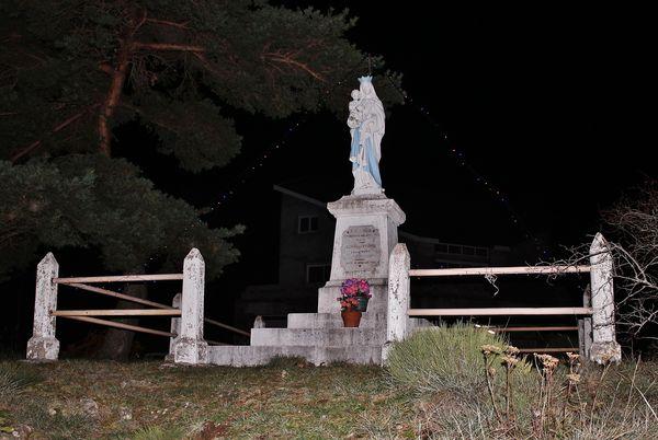 Statue de Notre-Dame de Rouveiller le 8 décembre 2018