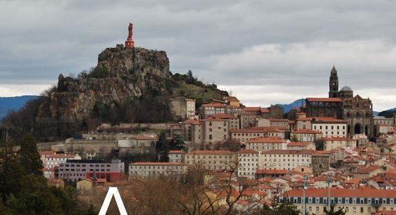 Le Puy-en-Velay emplacement hébergement pèlerinage Confrérie Royale